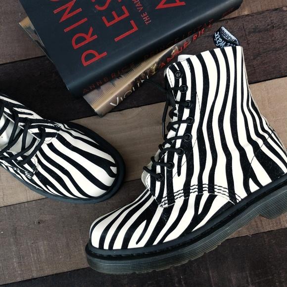 823a2cab6ac5 Dr. Martens Shoes - DOC MARTEN Pascal Winter White Zebra Flocked Boots